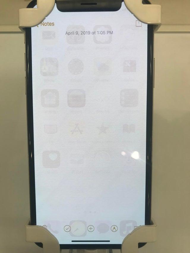 iPhone met ingebrand OLED scherm